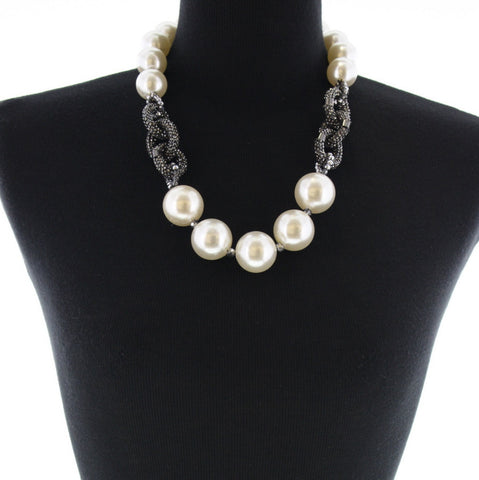9947 (Pearl Necklace)