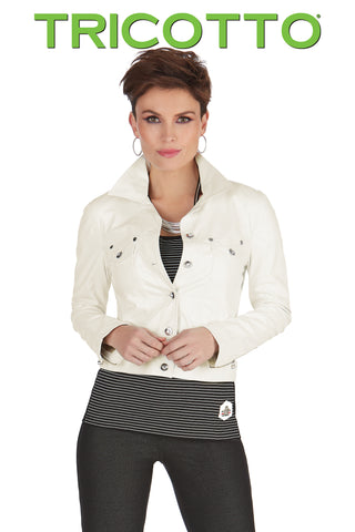 548 (White/Black jacket)