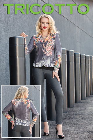 293 (Jacket only)   Shown with jegging 960 and fancy t-shirt 296