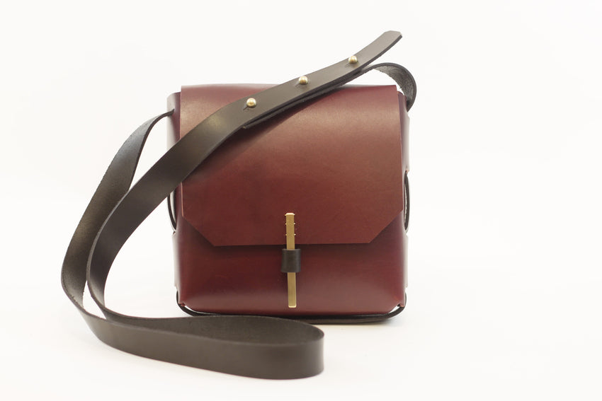Adelle Stoll handmade Shiloh crossbody leather handbag