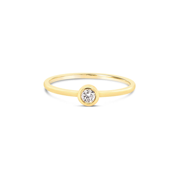 Round Diamond Bezel Ring - KLARITY LONDON
