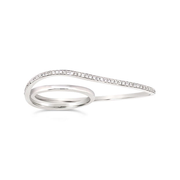 Wavy diamond double ring