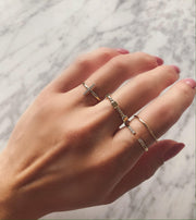 Square Scattered Rope Ring