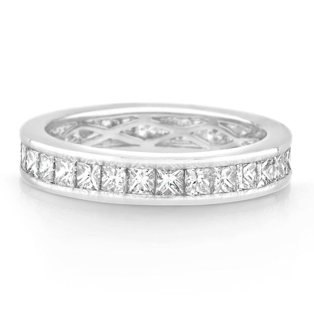 CHANNEL SET PRINCESS CUT DIAMOND BAND £3,000 - KLARITY LONDON
