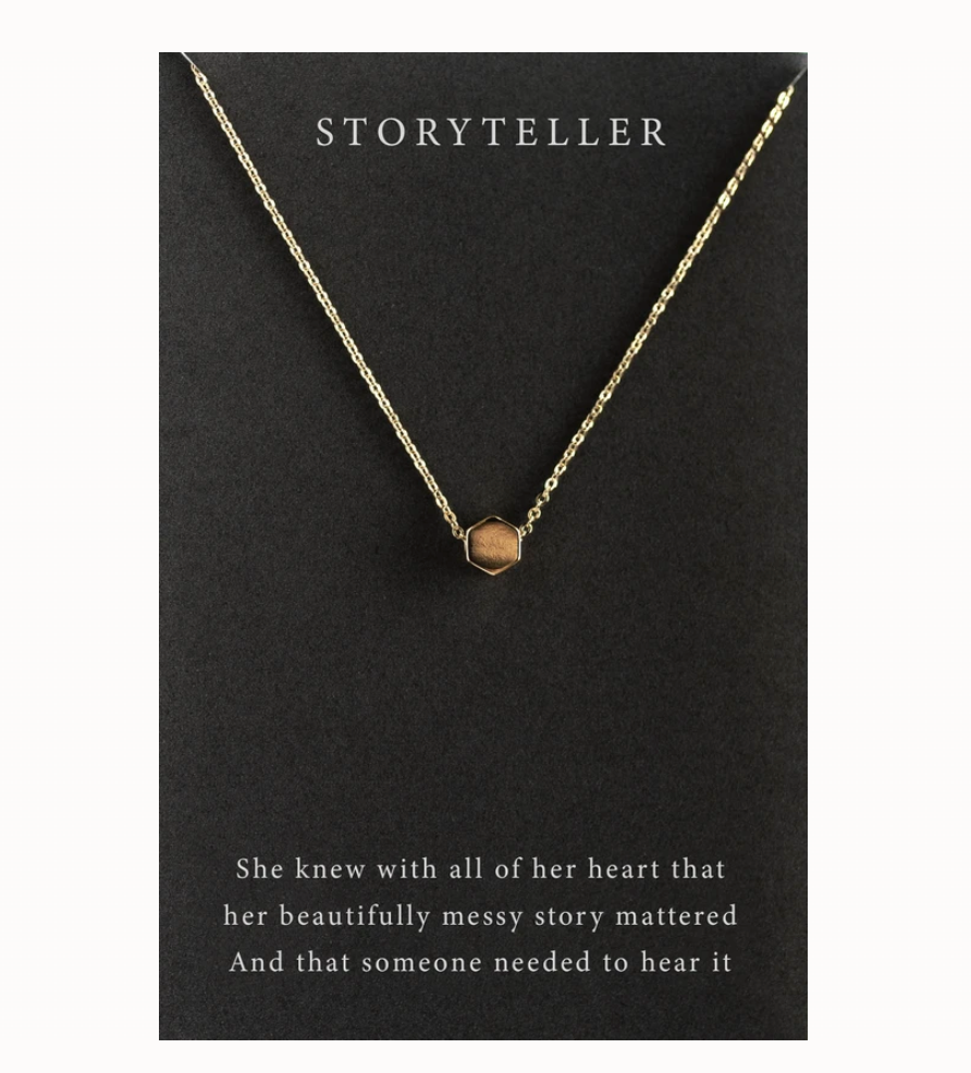 Story Teller Necklace (Gold)