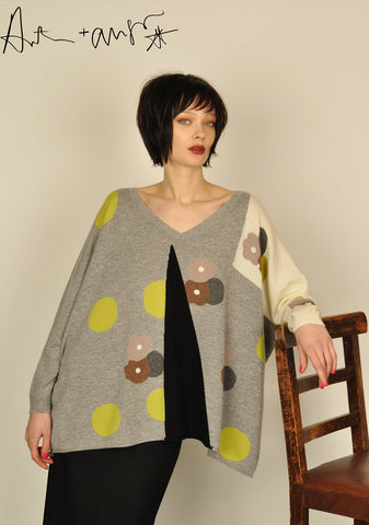 Patch Dots ( Grey ) Knit