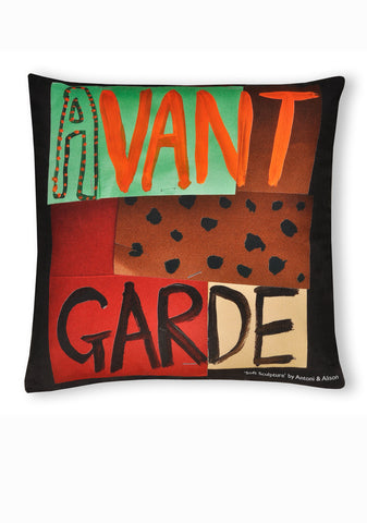 Soft Sculpture Cushion D - Avant garde & Banana