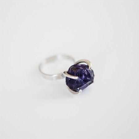 UNCUT PURPLE AMETHYST RING {silver}