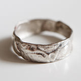 THIN IMPRINTED BAND {silver}