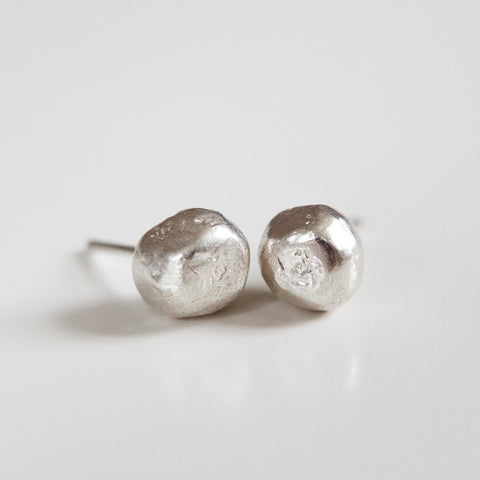 NUGGET STUDS silver