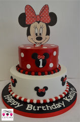 Minnie Mouse goes Red