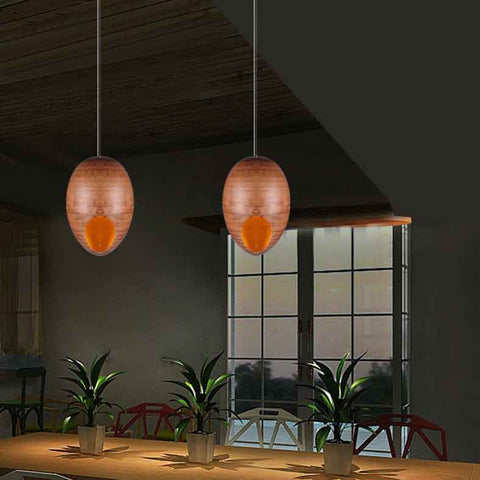 Nora wooden pendant lamp in a dining room