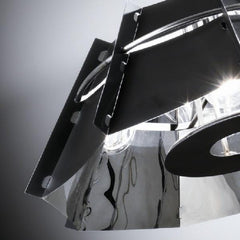 Chapeau pendant by nigal coates for Slamp by Zaneen close up