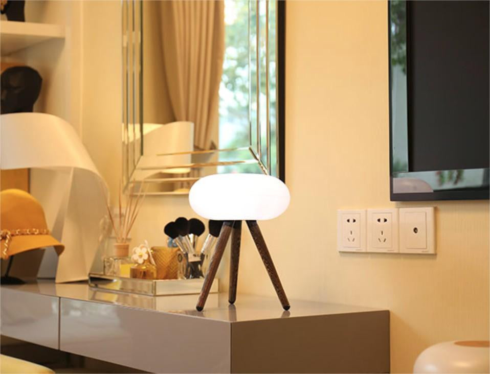 LED lamp with USB charging port & touch less controls