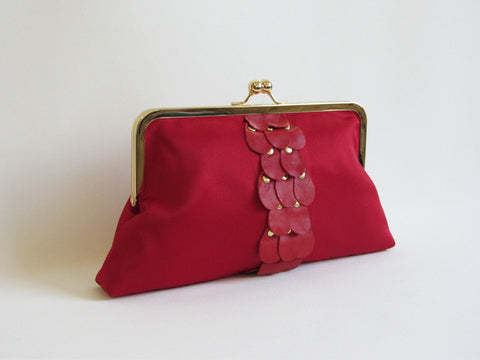 Holly Red Clutch with Leather Teardrop Pedals and Detachable Chain