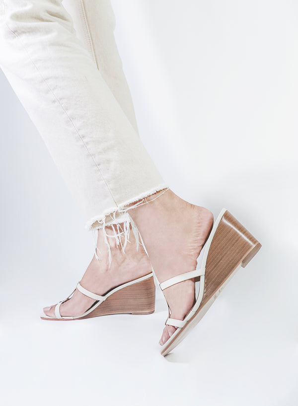 Izabel Off-White