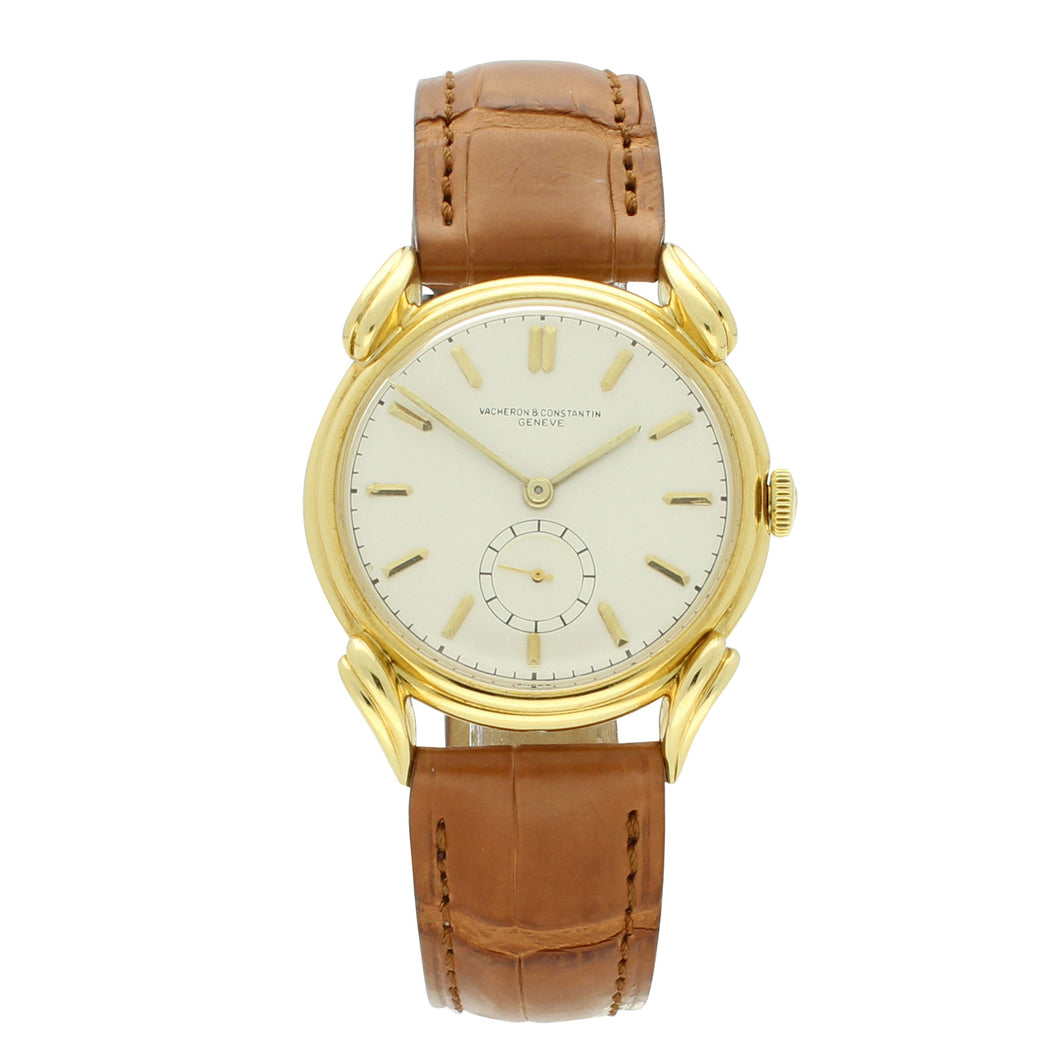 18ct yellow gold dress wristwatch. Circa 1945