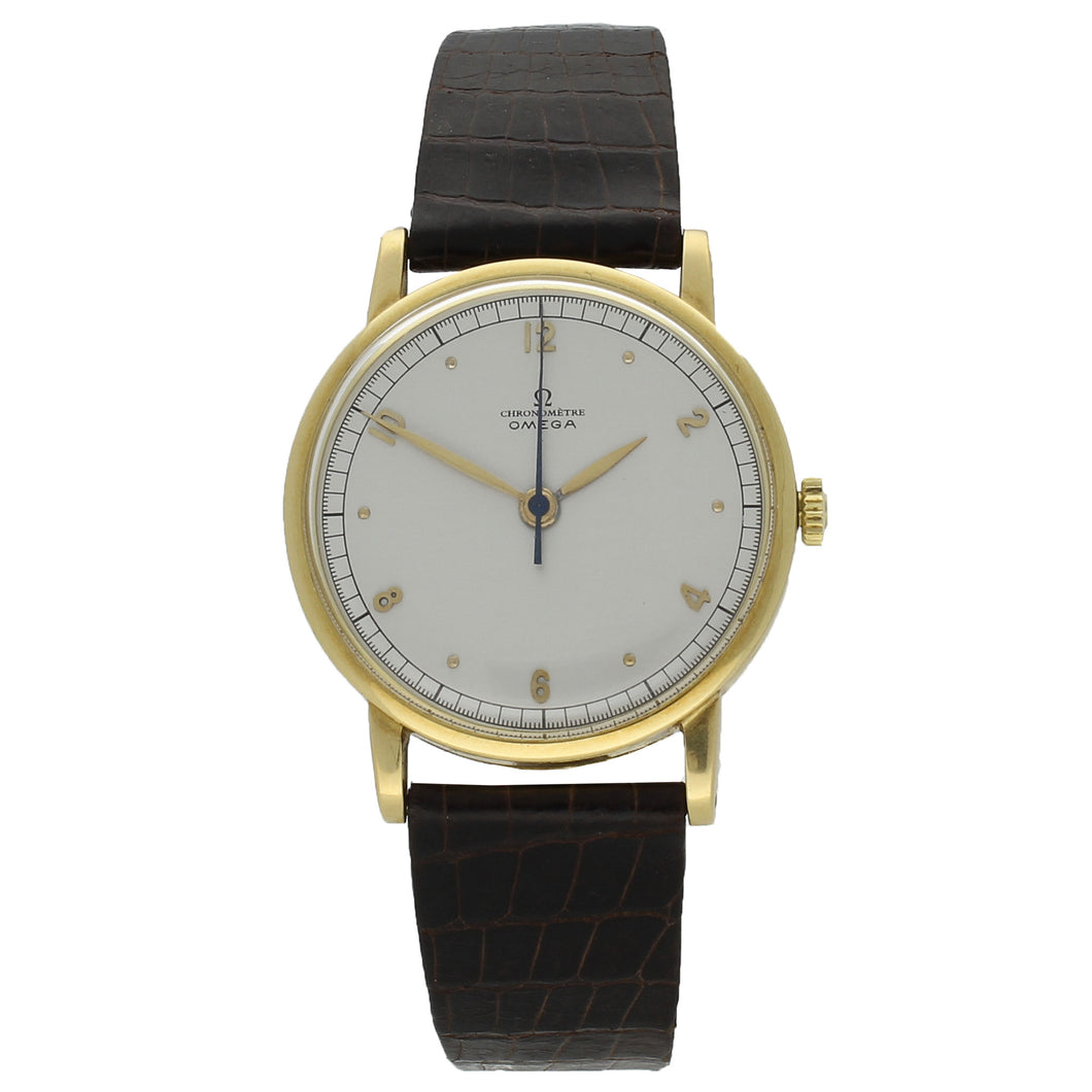 18ct yellow gold Chronomètre wristwatch. Made 1946