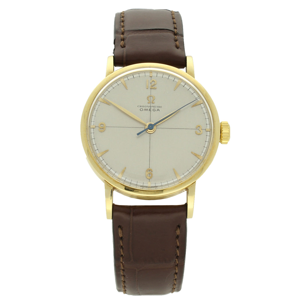 18ct yellow gold Chronomètre wristwatch. Made 1947