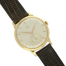Load image into Gallery viewer, 18ct yellow gold oversized dress wristwatch. Made 1957