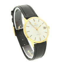 Load image into Gallery viewer, 18ct yellow gold Genève wristwatch. Made 1969