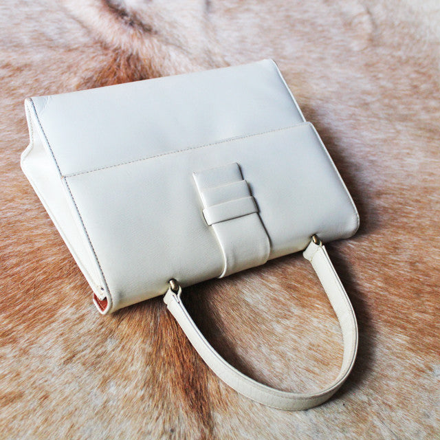 C.1960 Vintage Leather Flap Bag (iivory)