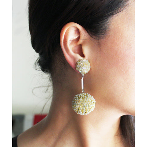 Vintage Dangle Spangle Earring (Off White)