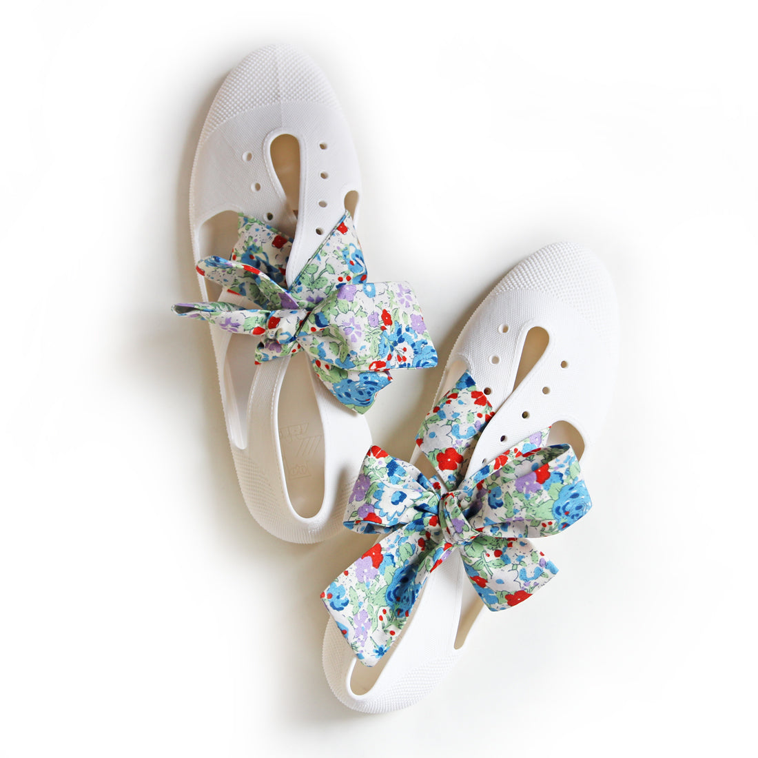 F-TROUPE - Liberty x Bathing Shoes (White)