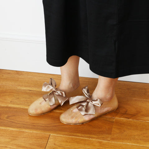 F-TROUPE - Satin Lace Bathing Shoes (GLITTER GOLD)