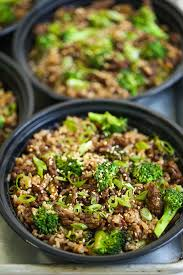 Beef & broccoli teriyaki over jasmine rice 270 calories 28 protein 4 fat 32 carbs
