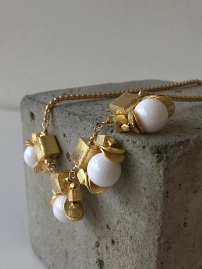 white shell pearl and gold cubes necklace vivien walsh