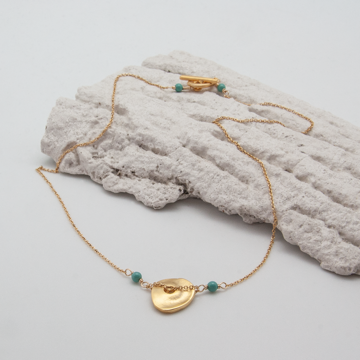 freeform disc necklace
