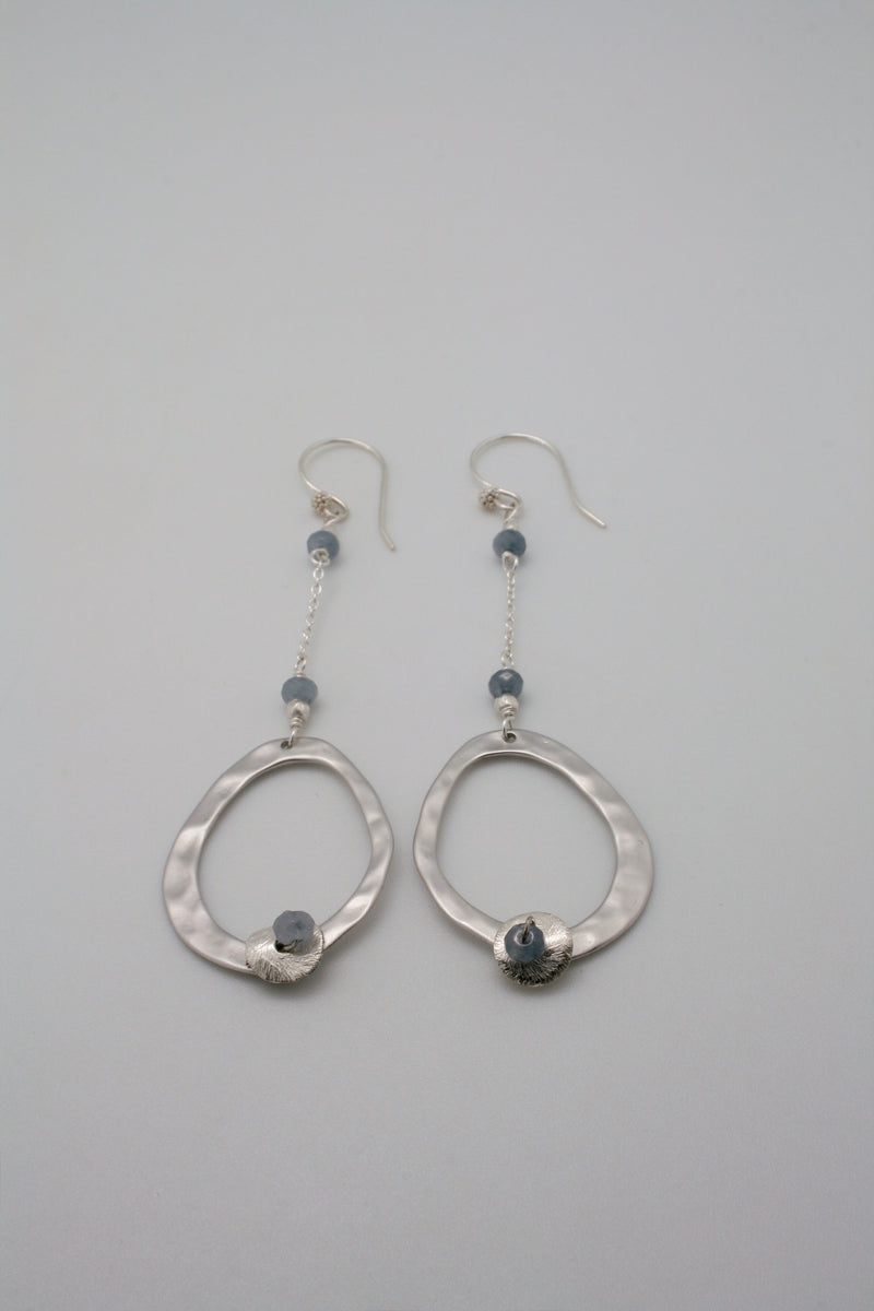 contour chain earrings
