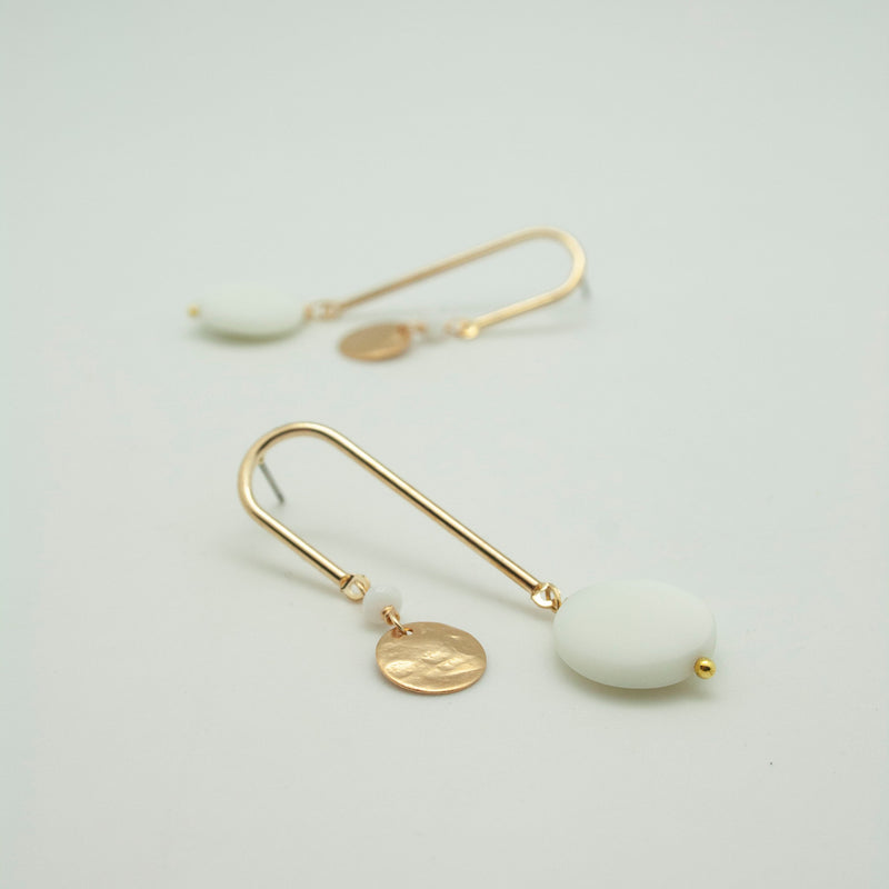 curved earrings