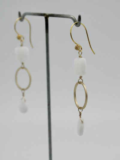 briolette earrings white