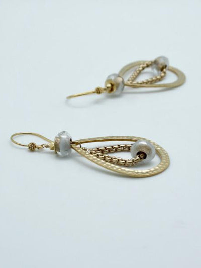 teardrop earrings white