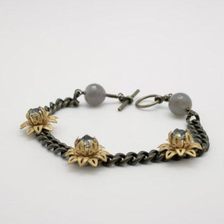vintage style curb chain bracelet with matte gold flowers