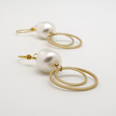 pearl nugget drop earrings with matte gold double circles