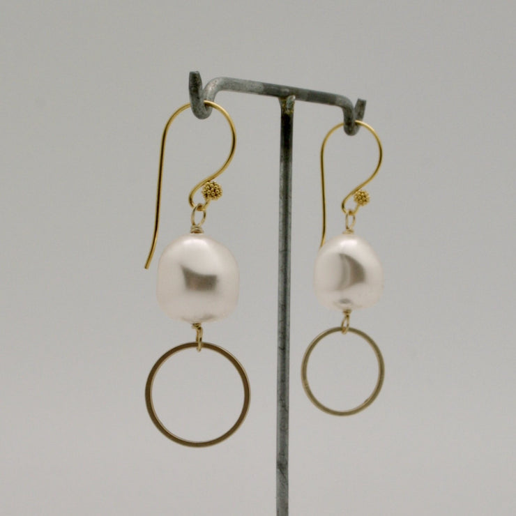 pearl nugget + gold circle drop earrings