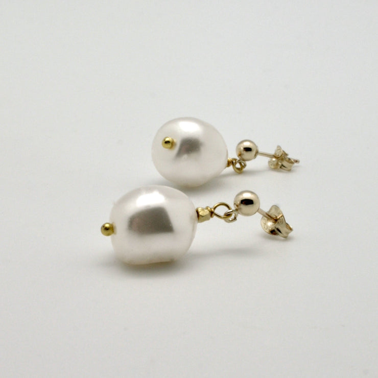 vivien walsh white pearl nugget drop earrings