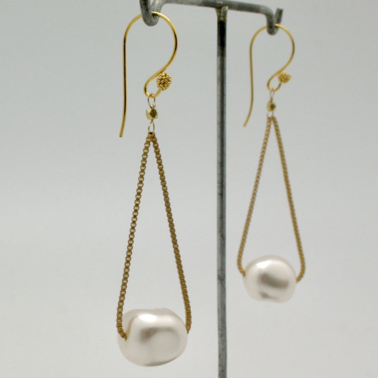 matte gold box chain floating earrings with baroque pearl nuggets