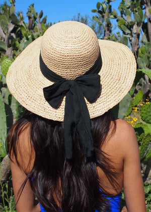 vintage bow beach hat