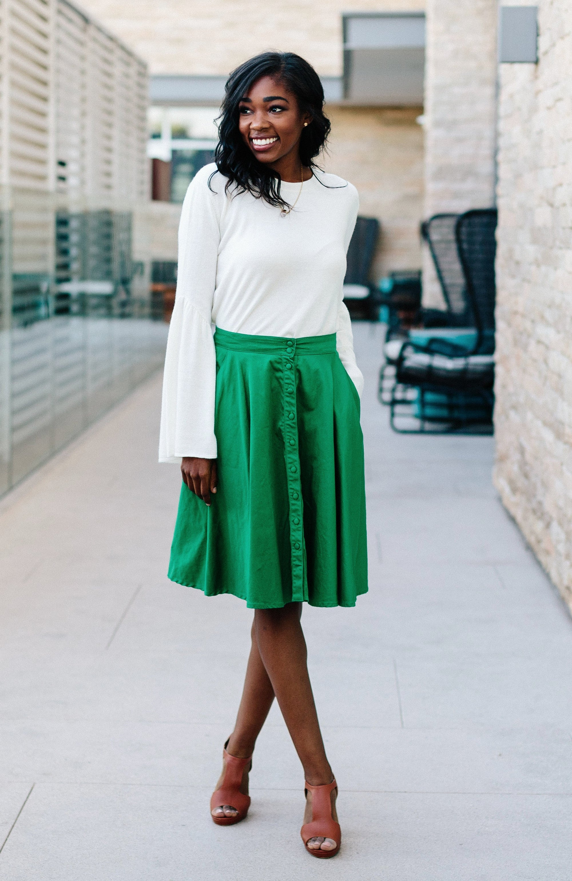 button-down skirt in kelly
