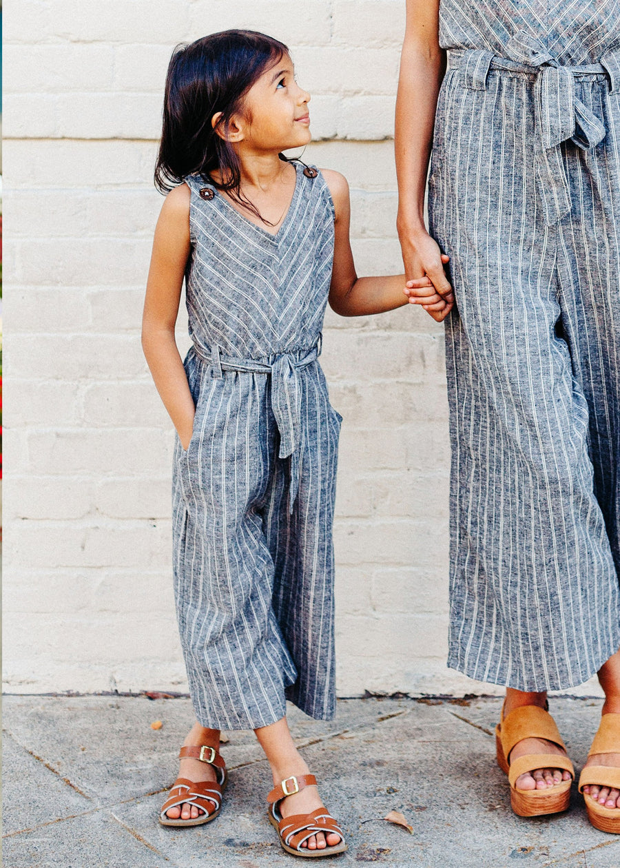 kid's jumpsuit in grey/white stripe