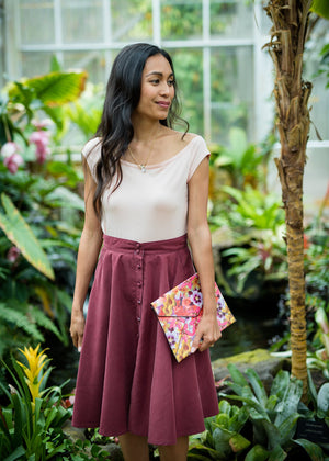 button-down skirt in burgundy