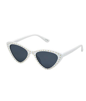 vintage sunnies in white
