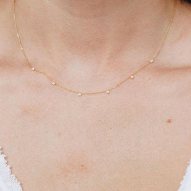 DELICATE NECKLACE - PEARL