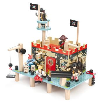 Buccaneers' Pirate Port, Age 3+, Set