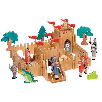 Knight's Castle, Set
