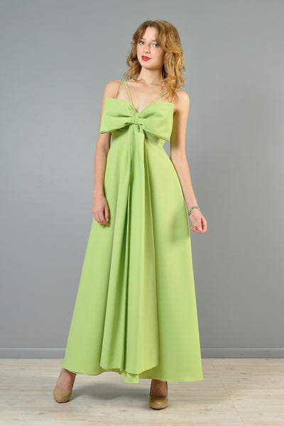 Bow-Tie Full Sweep 1970s Evening Gown
